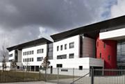 Lycée Pierre et Marie Curie